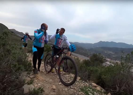 Ciclistas del Club Tropical de Motril