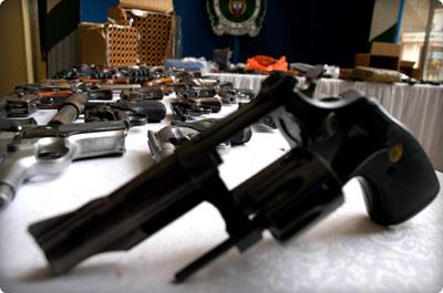 Se restringir la tenencia y el porte de armas de fuego en for Porte y tenencia de armas