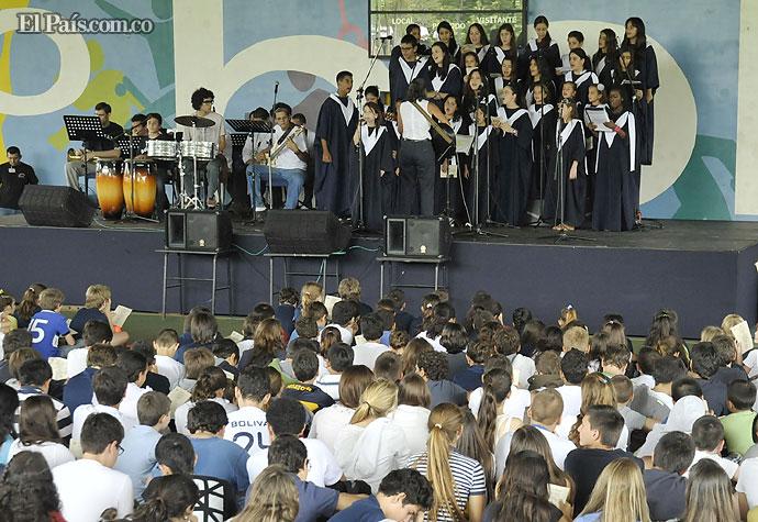 Colegio bol var lanza plan contra el abuso y la for Colegio bolivar y freud