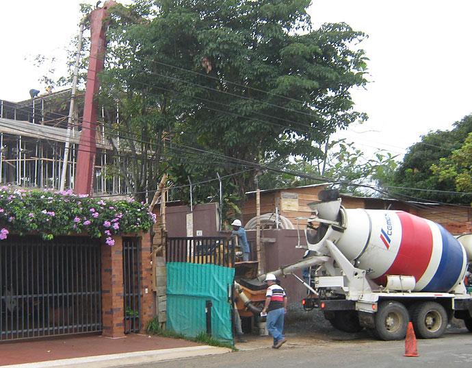 Pol mica por construcci n de cl nica en ciudad jard n sur for Barrio ciudad jardin cali