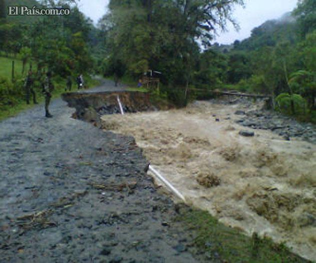 Incomunicada zona montañosa de Buga por creciente del río ... - El Pais - Cali Colombia