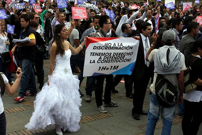 Matrimonio Simbolico En Colombia : Debate sobre matrimonio gay en colombia fue aplazado hasta