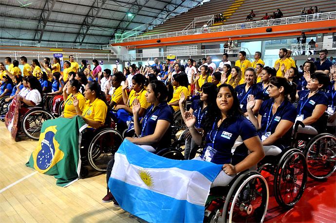 Colombia cay en la copa suramericana de baloncesto en silla de ruedas deportes el pa s - Deportes en silla de ruedas ...