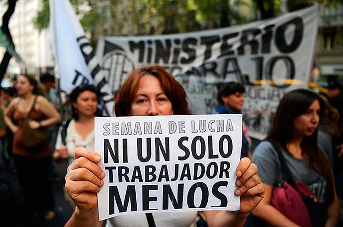 Fuerte caída de la imagen de Macri en todo el país