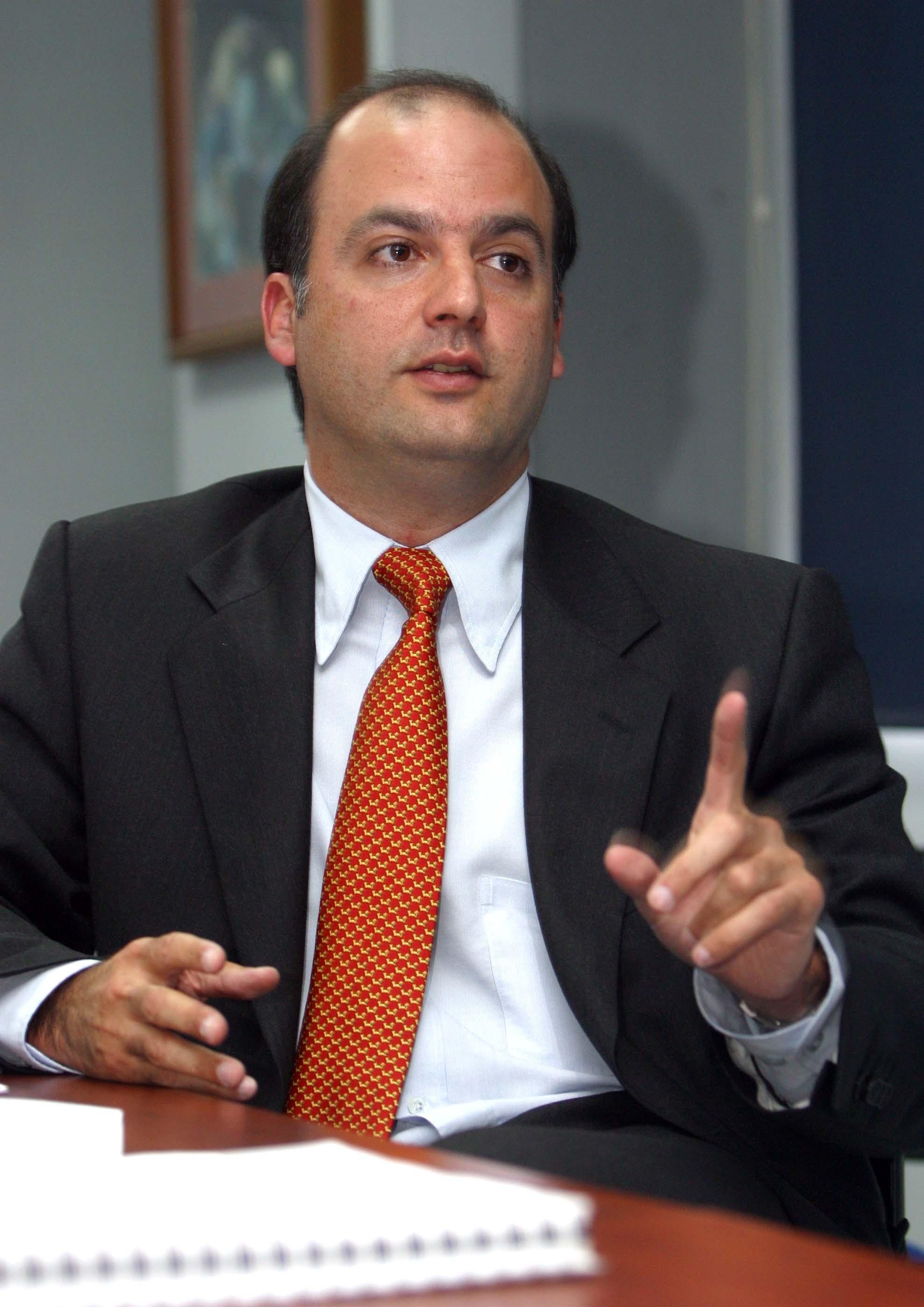 Capturan al exviceministro Gabriel García por caso Odebrecht