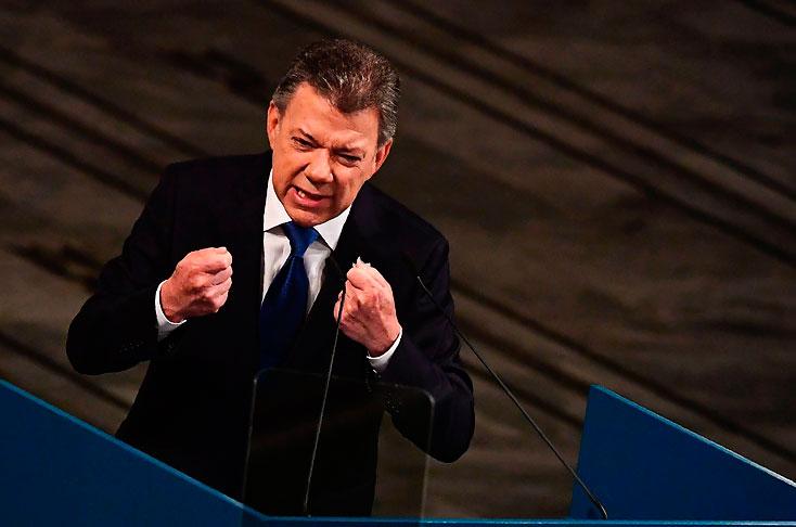 Santos recibe hoy su 'regalo' del cielo: el Nobel de la Paz
