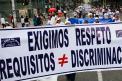 Miembros de la iglesia del Mira protestaron este domingo en Bogotá
