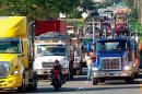 Paro de transportadores genera pérdidas importantes en el sur del país