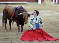 El 'Fandi' sacó la casta en deslucida tarde en la plaza de toros de Cañaveralejo