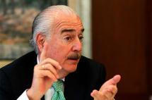 Pastrana cuestionó posición de la Cancillería sobre crisis de Venezuela
