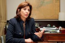 """""""Creemos que la decisión de la CIJ nos será favorable"""": canciller Holguín"""