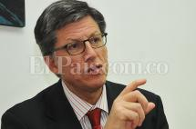 Director de Human Rights Watch no asistirá a firma de acuerdo de paz