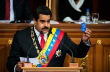 Maduro, dos años en el poder en medio de grave crisis social en Venezuela