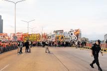 Huelga de transportadores y sindicatos deja millonarias pérdidas en Argentina
