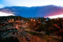Cenizas del volcán Calbuco se expanden al sur de Chile y Argentina