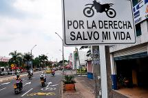 Carril preferencial de motos aún no convence