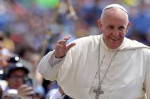 El papa Francisco inicia gira por los países 'olvidados' de Latinoamérica