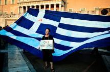 Mercados reciben el golpe de la crisis en Grecia, pero sin pánico