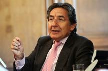 Néstor Humberto Martínez  dice que no aspira ser Fiscal