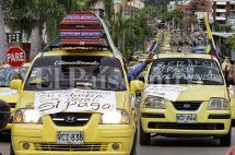Cerca de 600 taxistas se movilizaron en Cali contra Uber