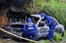 Encuentran cuerpo calcinado por incendio de vehículo en el km 18