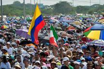En fotos: el esperado encuentro entre el Papa y los fieles en Guayaquil, Ecuador
