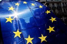Grecia define hoy con un referendo el futuro de su deuda