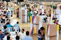 Polémica por circular del CNE sobre debates electorales no cesa