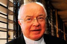 Muerte de exnuncio Josef Wesolowski pone fin al primer juicio del Vaticano por pederastia