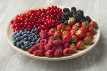 ¿Sabías que los frutos rojos son ricos en colágeno?