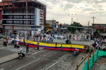 Congestión en la Carrera 10 con Calle 15 por protesta contra proyecto Ciudad Paraíso
