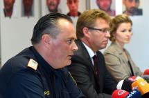 71 migrantes encontrados en camión en Austria murieron asfixiados