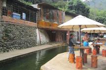 Suspenden actividades en la Cascada de Pance por contaminación al río