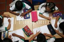 Diez menores de edad deportados de Venezuela ya estudian en colegios de Cali