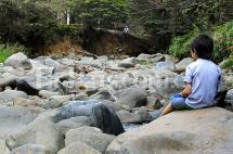 Problemas de agua en ladera de Cali se agudizan por daño en tubería