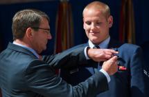 Apuñalan en California a uno de los héroes que evitó ataque al tren Thalys en Francia