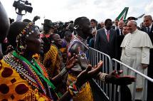 Papa Francisco llegó a Kenia, su primera gira por África