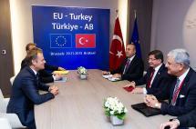 Unión Europea y Turquía logran acuerdo para frenar la llegada de migrantes