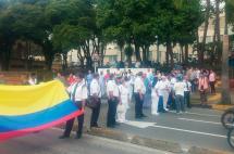 Protestas frente al HUV generan congestión y desvíos del MÍO