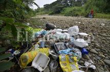 El río Pance, amenazado por los malos turistas
