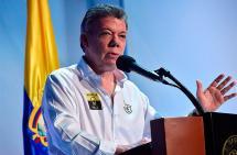 Bacrim deben someterse a la justicia, no tendrán estatus político: Santos