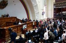 Parlamento venezolano destituyó al ministro de Alimentación por escasez