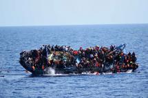 Los angustiantes momentos del naufragio de barco en Libia con 500 migrantes