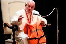 Papa se reunió con huérfanos de migrantes ahogados en el Mediterráneo