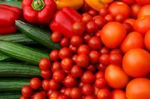 Suben los precios de los alimentos en el mundo por tercer mes consecutivo: FAO
