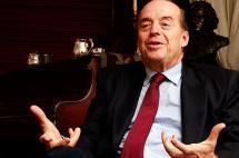 Álvaro Leyva buscará reunión entre Uribe y 'Timochenko'