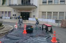 Por emergencia química, evacuaron una parte del edificio del HUV