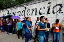 Vence plazo para validar firmas por revocatorio en Venezuela