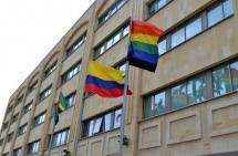 La razón por la que la alcaldía de Bucaramanga ondea la bandera LGBTI