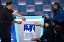 Escándalo en el 'corazón' del partido demócrata marca inicio de la convención